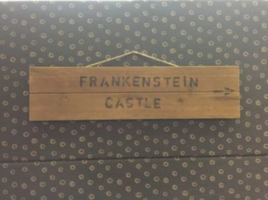 Frankenstein's Castle, this way